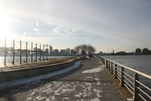 Hudson river park, snowy morning, new jersey, manhattan west side